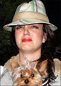 Суд обязал Бритни Спирс заплатить $375 тыс. адвокатам экс-мужа - 20080318142928150_1