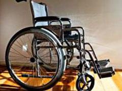 Британка 5 лет держала здорового сына в инвалидной коляске - 20080409175007609_1