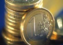 Иран перешел на евро в экспорте нефти  - 20080430160005110_1