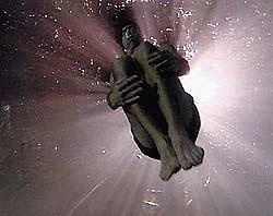 Иллюзионист установил рекорд задержки дыхания под водой - 20080501112259909_1