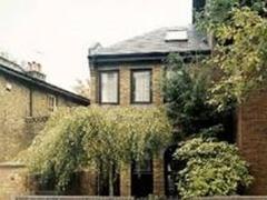 Британку выселили из дома за неухоженый сад - 20080506150602426_1