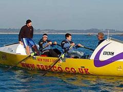 Четверо британцев решили переплыть океан на шлюпке - 20080603132350521_1