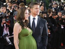 Фотографии близнецов Джоли оценили в 15 миллионов долларов    - 200806041522311_1