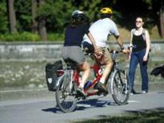 Канадцам будут выдавать велосипеды за отказ от старых машин - 2008060613350787_1