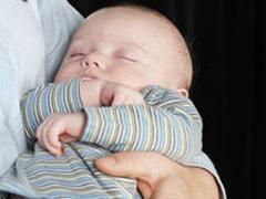 Американка стала суррогатной матерью близнецов в 52 года - 20080624092307128_1
