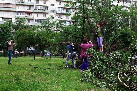 4 июня  2012 после дождя на Оболони (5 фото) - 4-ijunja-2012-posle-dozhdja-na-oboloni-5-foto_5