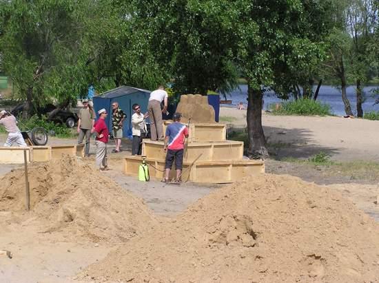 Фестиваль песчаной скульптуры 2004 год, Оболонь (фото из архива) - Festival-peschanoj-skulptury-2004-Obolon_11