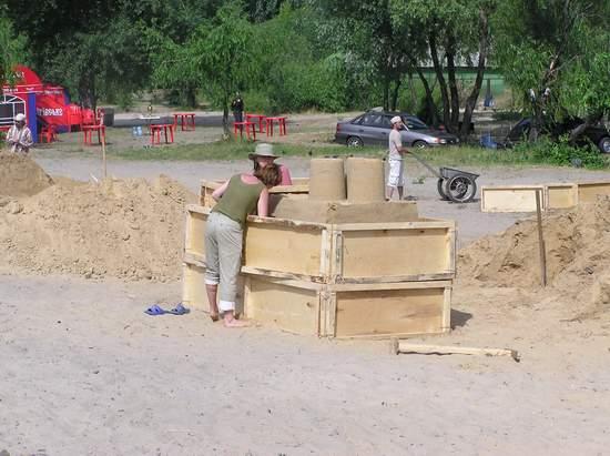 Фестиваль песчаной скульптуры 2004 год, Оболонь (фото из архива) - Festival-peschanoj-skulptury-2004-Obolon_12