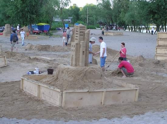 Фестиваль песчаной скульптуры 2004 год, Оболонь (фото из архива) - Festival-peschanoj-skulptury-2004-Obolon_25