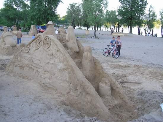 Фестиваль песчаной скульптуры 2004 год, Оболонь (фото из архива) - Festival-peschanoj-skulptury-2004-Obolon_28