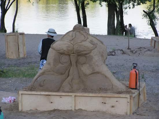 Фестиваль песчаной скульптуры 2004 год, Оболонь (фото из архива) - Festival-peschanoj-skulptury-2004-Obolon_32