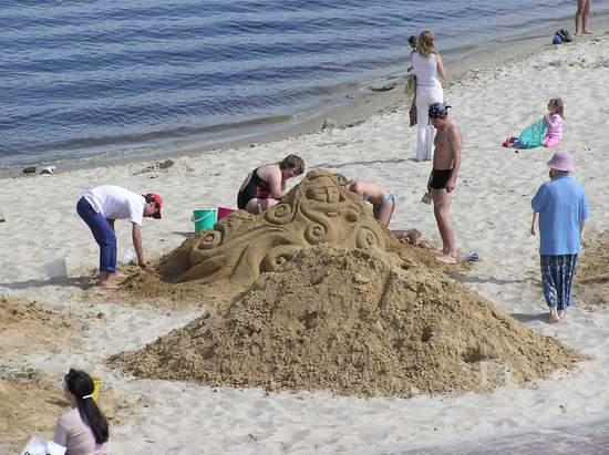 Фестиваль песчаной скульптуры 2004 год, Оболонь (фото из архива) - Festival-peschanoj-skulptury-2004-Obolon_4