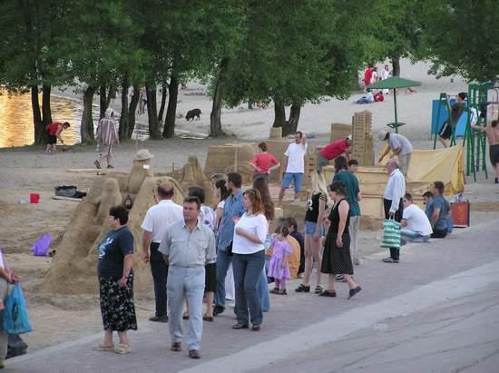 Фестиваль песчаной скульптуры 2004 год, Оболонь (фото из архива) - Festival-peschanoj-skulptury-2004-Obolon_45