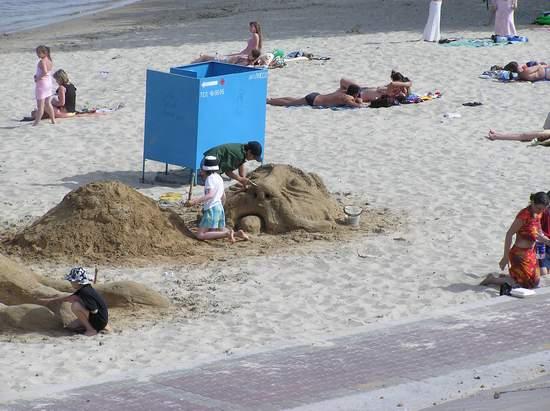 Фестиваль песчаной скульптуры 2004 год, Оболонь (фото из архива) - Festival-peschanoj-skulptury-2004-Obolon_5