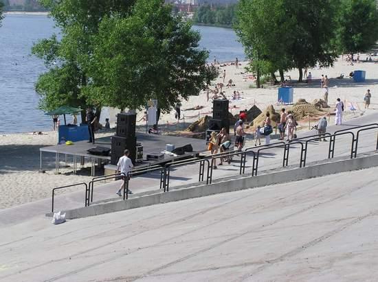 Фестиваль песчаной скульптуры 2004 год, Оболонь (фото из архива, часть 2) - Festival-peschanoj-skulptury-2004Obolon2_13