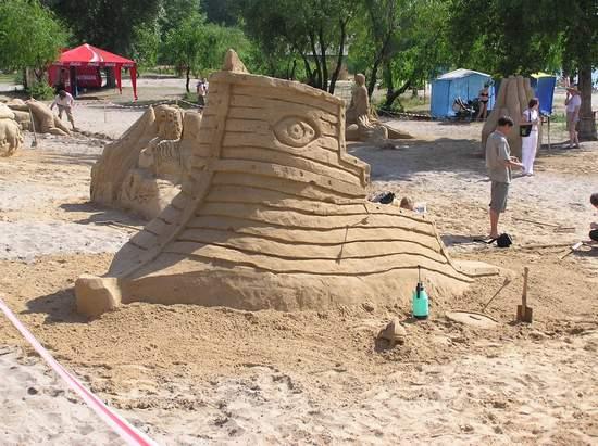 Фестиваль песчаной скульптуры 2004 год, Оболонь (фото из архива, часть 2) - Festival-peschanoj-skulptury-2004Obolon2_24