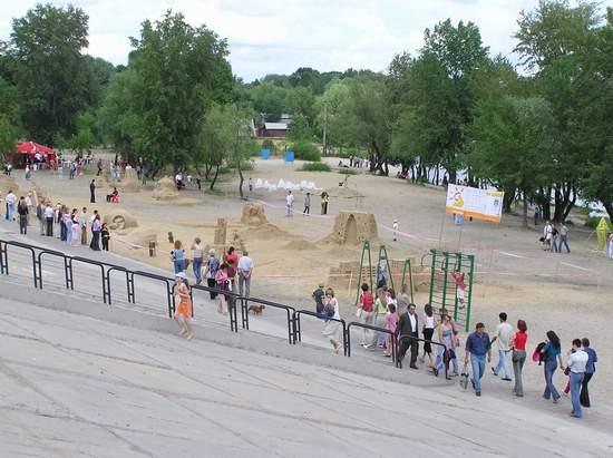 Фестиваль песчаной скульптуры 2004 год, Оболонь (фото из архива, часть 3) - Festival-peschanoj-skulptury-2004Obolon3_32