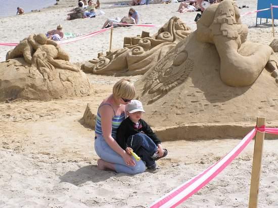 Фестиваль песчаной скульптуры 2004 год, Оболонь (фото из архива, часть 3) - Festival-peschanoj-skulptury-2004Obolon3_39