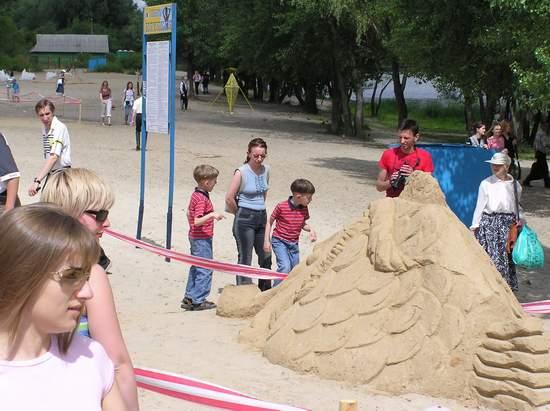 Фестиваль песчаной скульптуры 2004 год, Оболонь (фото из архива, часть 3) - Festival-peschanoj-skulptury-2004Obolon3_41
