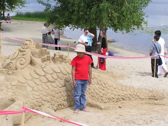 Фестиваль песчаной скульптуры 2004 год, Оболонь (фото из архива, часть 3) - Festival-peschanoj-skulptury-2004Obolon3_42