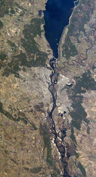 Вид на Оболонь из космоса (5 фото) - Vid-na-Obolon-iz-kosmosa_1