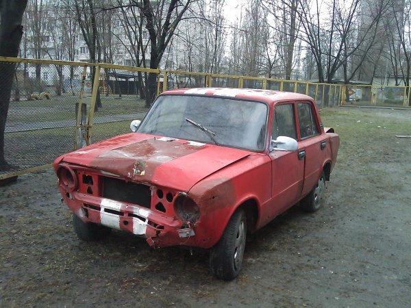 Авто, все еще ездит, может угнали? (4 фото) - avto-vse-ewe-ezdit-mozhet-ugnali_2