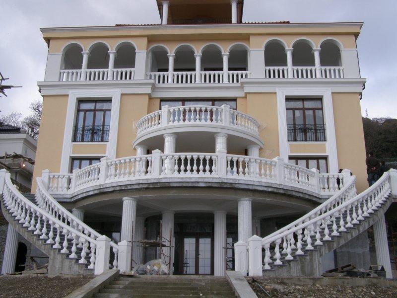 Фасадный декор - архитектурная изюминка зданий - fasadnyj-dekor-arhitekturnaja-izjuminka-zdanij_1