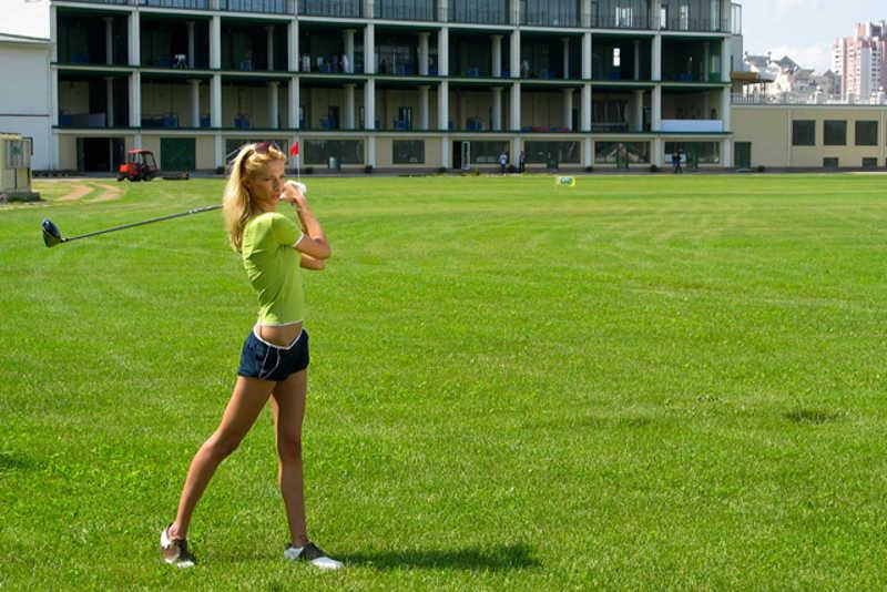 На Оболоні безкоштовно навчать гольфу і покатають на водних мотоциклах - na-oboloni-bezkoshtovno-navchat-golfu-i-pokatajut-na-vodnih-mototsiklah_1