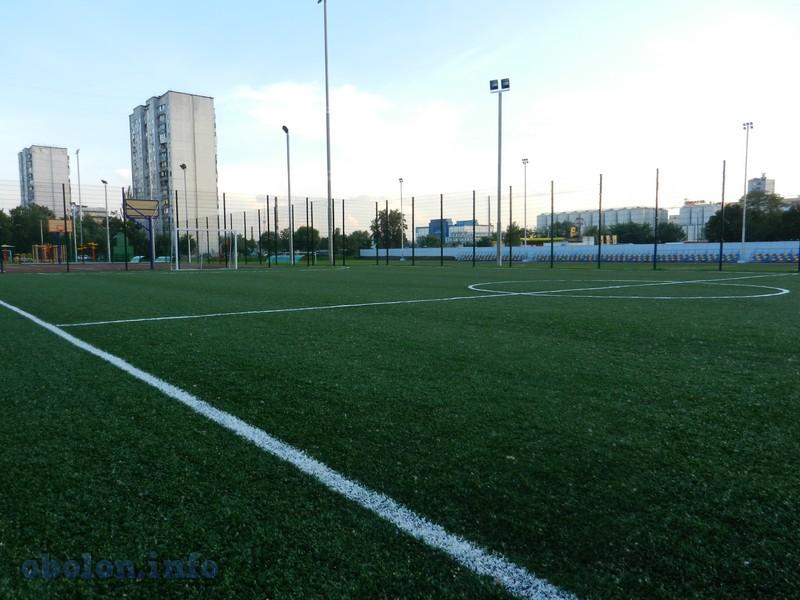 На Оболони обновился ещё один стадион (7 фото) - na-oboloni-obnovilsja-esche-odin-stadion-7-foto_1