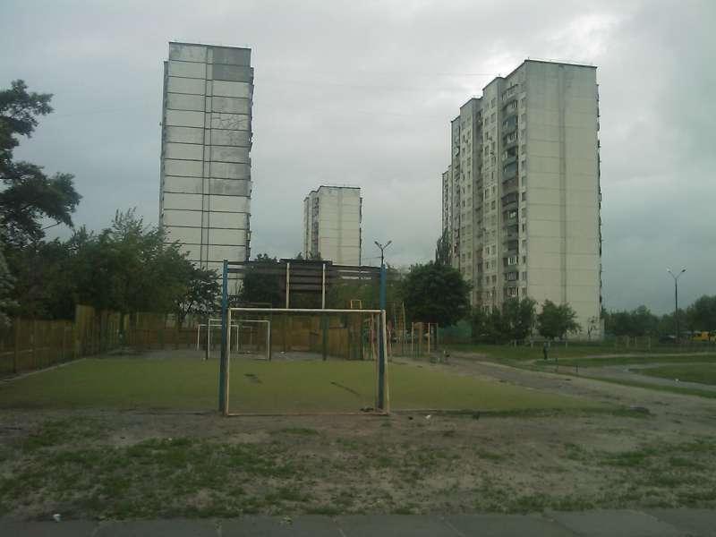 На Оболони обновился ещё один стадион (7 фото) - na-oboloni-obnovilsja-esche-odin-stadion-7-foto_8