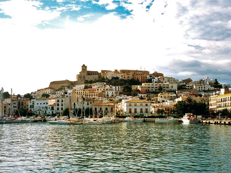 История и новости Оболони Пляжные фантазии Испании