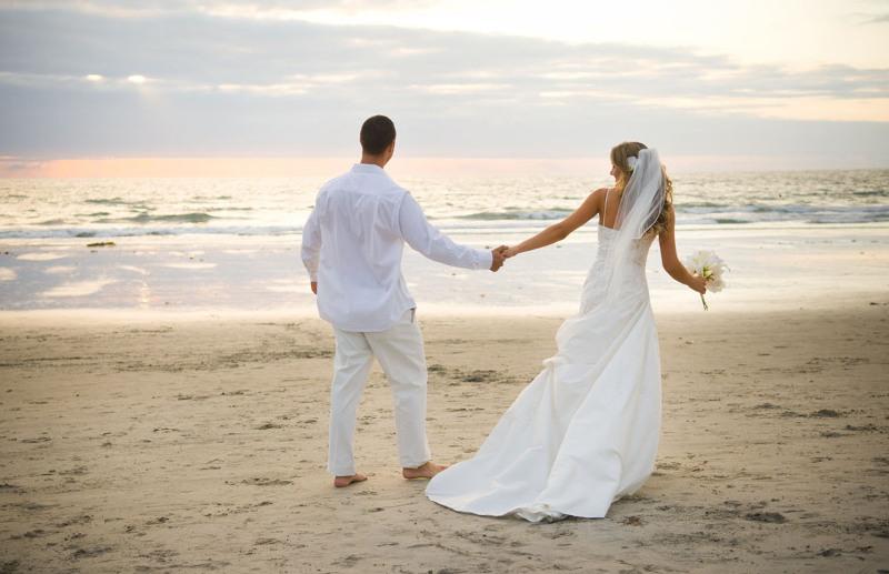 История и новости Оболони Почему на свадьбу лучше заказывать услуги саксофониста