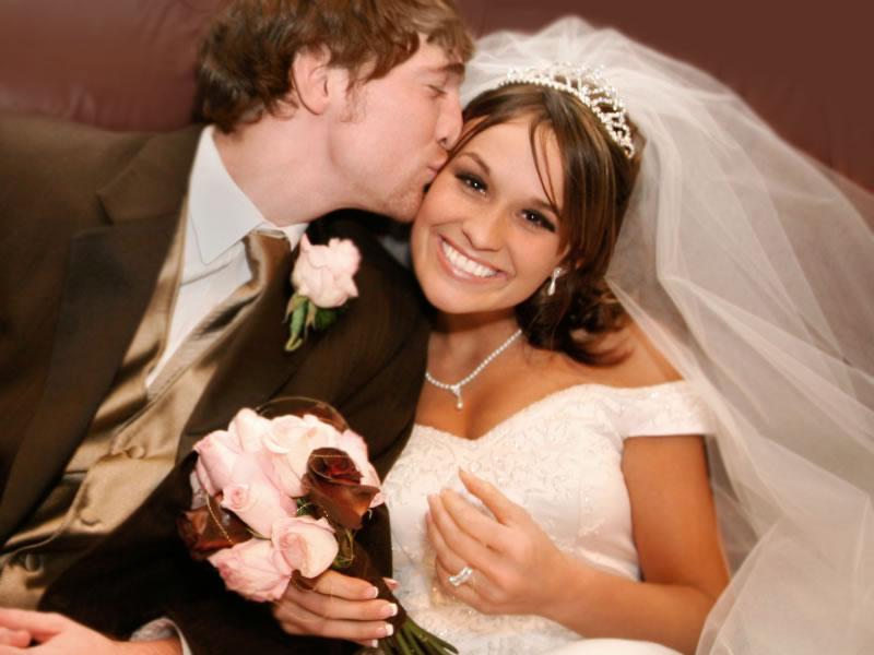 Стоит ли доверять брачным агентствам? - stoit-li-doverjat-brachnym-agentstvam_1