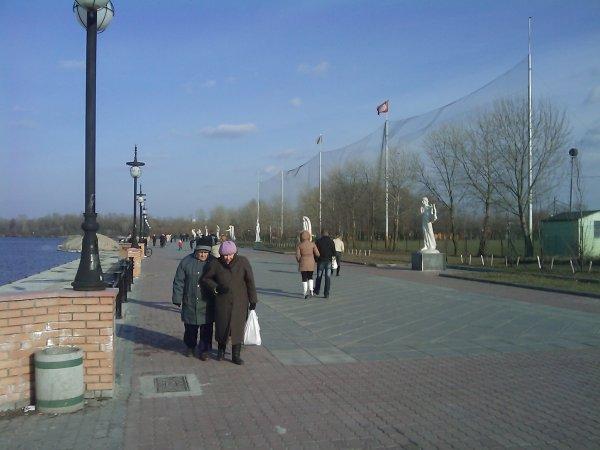 Субботняя прогулка по набережной - subbotnjaja-progulka-po-naberezhnoj_12