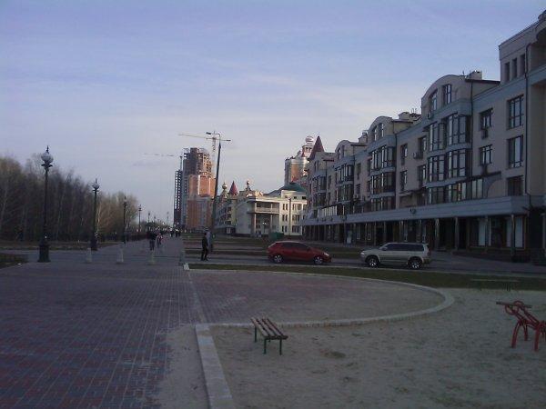 Субботняя прогулка по набережной - subbotnjaja-progulka-po-naberezhnoj_24