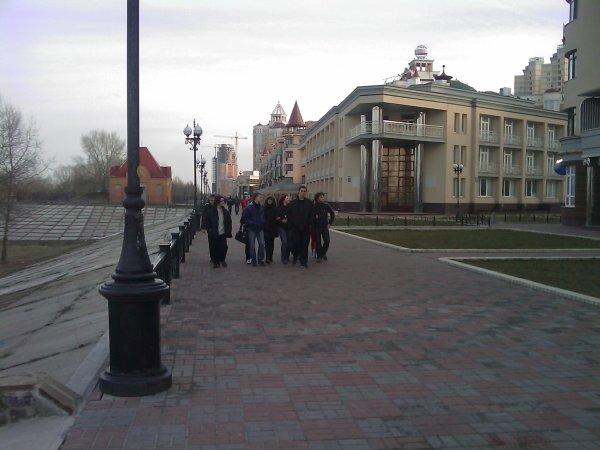 Субботняя прогулка по набережной - subbotnjaja-progulka-po-naberezhnoj_31
