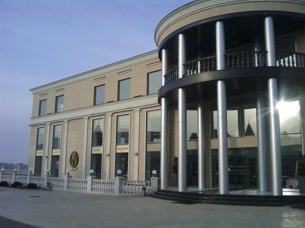 Субботняя прогулка по набережной - subbotnjaja-progulka-po-naberezhnoj_33