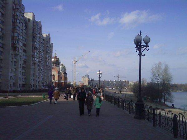 Субботняя прогулка по набережной - subbotnjaja-progulka-po-naberezhnoj_6