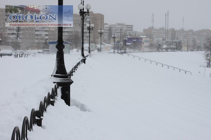 Весна, 23 марта 2013, на Оболони везде снег (33 фото) - vesna-23-marta-2013-na-oboloni-vezde-sneg-33-foto_12