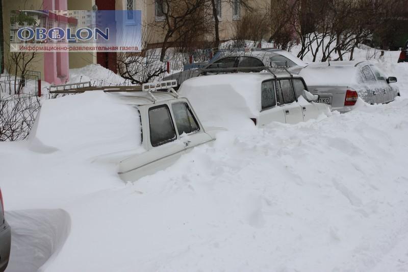 Весна, 23 марта 2013, на Оболони везде снег (33 фото) - vesna-23-marta-2013-na-oboloni-vezde-sneg-33-foto_21