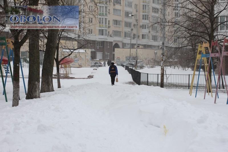 Весна, 23 марта 2013, на Оболони везде снег (33 фото) - vesna-23-marta-2013-na-oboloni-vezde-sneg-33-foto_27