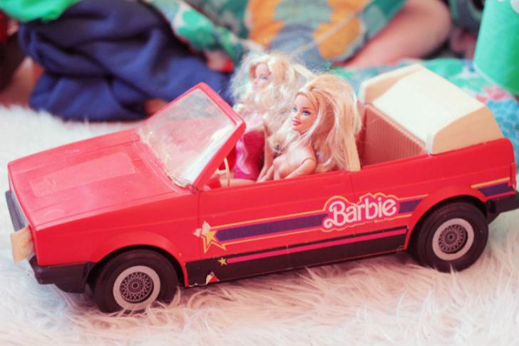 Подарки, которые мы больше никогда не получим на Новый год - 5437860-650-1450797160-barbie-cabriolet-vintage