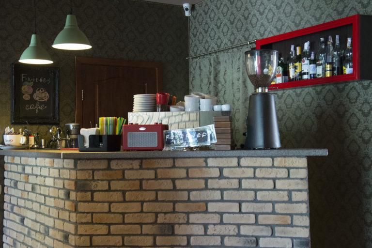 "Где посидеть на Оболони: кафе ""Friends Cafe"" - DSC6591-768x512-768x512"