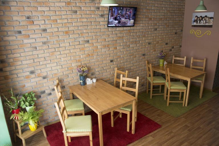 "Где посидеть на Оболони: кафе ""Friends Cafe"" - DSC6768-768x512-768x512"