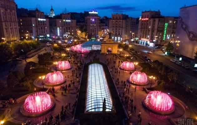 Светомузыкальные фонтаны: столица встречает гостей Евровидения - 630_400_1493803036-5156