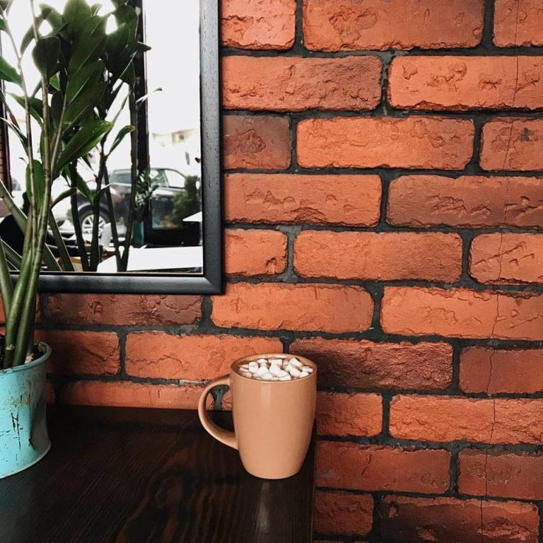 Куда пойти на кофе: кофейня Cup&Сake на Оболоне - 19430179_1531472520242299_402379434243711756_n-768x768