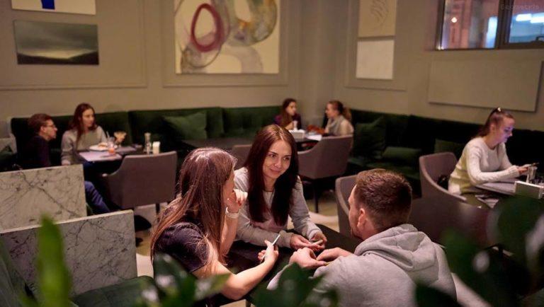 Рестораны Киева для незабываемого свидания - 22310552_795655980636275_8228305890225258628_n-768x434