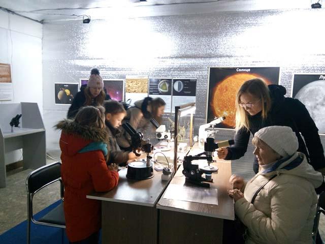 На ВДНХ зоопарк можно рассмотреть под микроскопом - navdnh1234