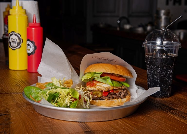I'm Burger - новое стильное заведение в Arena City - DSC_3407-1-768x550