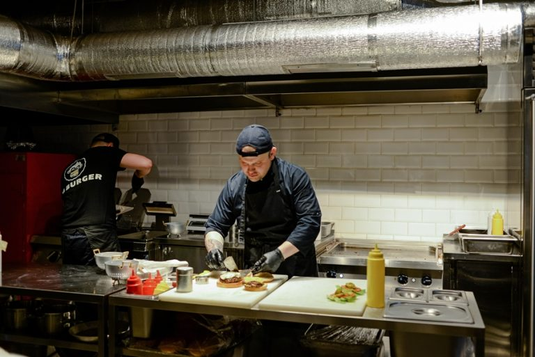 I'm Burger - новое стильное заведение в Arena City - DSC_3574-768x513